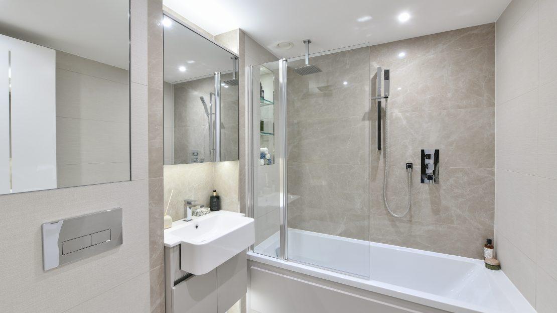 Royal Arsenal Riverside view London Bathroom Design Apartment